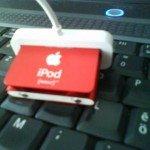 ipod_shuffle_1GB_usb_kabel
