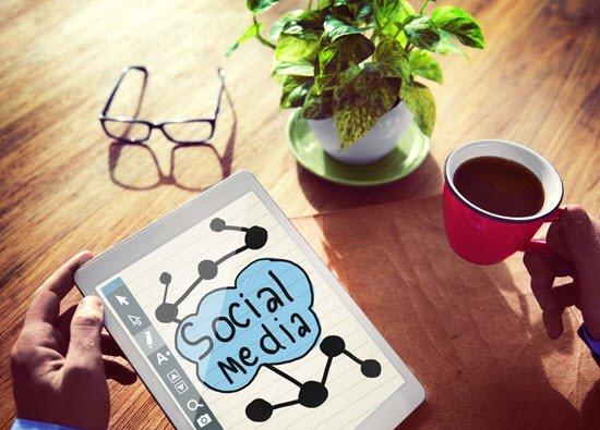 social-media-blogparade-.internetblogger-de-19102015