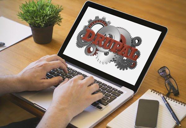 drupal-cms-kommentier-sonntag-internetblogger-de