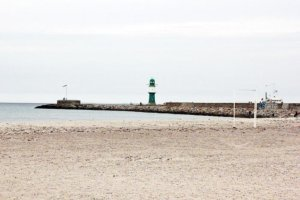ostsee_strand_leuchtturm